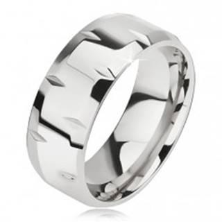 Lesklý oceľový prsteň, drobné zárezy, skosené okraje - Veľkosť: 57 mm