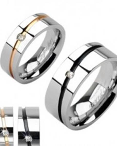 Oceľové obrúčky, pás zlatej a striebornej farby, čierny pruh so zirkónom - Veľkosť: 49 mm