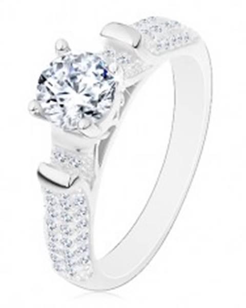 Zásnubný prsteň, striebro 925, trblietavé ramená s výčnelkami, číry zirkón - Veľkosť: 49 mm