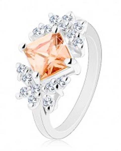 Lesklý prsteň so zirkónmi v čírom a oranžovom odtieni, zúžené ramená - Veľkosť: 49 mm