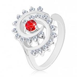 Lesklý prsteň v striebornej farbe, špirála s čírym lemom, červený okrúhly zirkón - Veľkosť: 51 mm