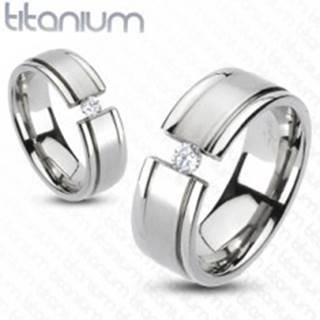 Prsteň z titánu - rozťatá obrúčka, trblietavý zirkón - Veľkosť: 49 mm
