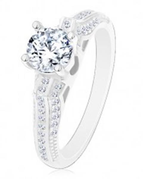 Zásnubný prsteň, striebro 925, trblietavé ramená s tenkými líniami, číry zirkón J17.06 - Veľkosť: 50 mm
