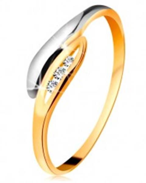 Zlatý diamantový prsteň 585 - dvojfarebné zahnuté lístočky, tri číre brilianty - Veľkosť: 49 mm
