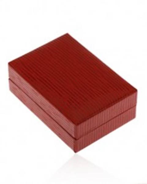 Krabička na náušnice v tmavočervenej farbe, koženkový povrch so zárezmi