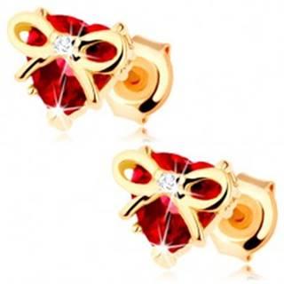 Zlaté náušnice 585 - srdce z červeného granátu s úzkou uviazanou stužkou
