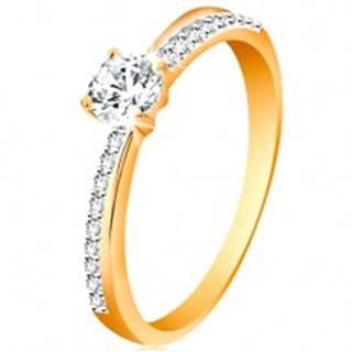 Zlatý prsteň 585 so šikmou trblietavou líniou a čírym zirkónom v kotlíku - Veľkosť: 48 mm