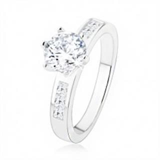 Zásnubný prsteň zo striebra 925, číry zirkón v kotlíku, zdobené ramená - Veľkosť: 49 mm