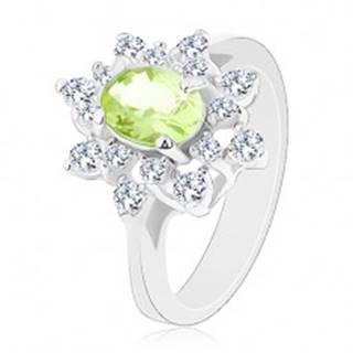 Ligotavý prsteň striebornej farby, svetlozelený zirkónový ovál, číre lupene - Veľkosť: 48 mm