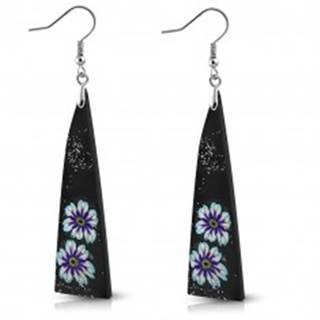 FIMO náušnice - čierne trojuholníky zdobené kvetmi a trblietkami, háčiky