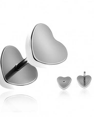 Oceľový fake plug do ucha - matné symetrické srdce  AA44.05