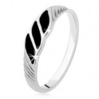 Strieborný prsteň 925, tri čierne ónyxové vlnky, šikmé ryhy - Veľkosť: 49 mm