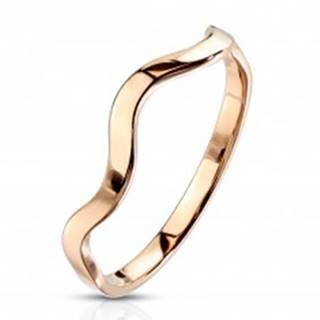 Prsteň z ocele v medenej farbe - motív vlnky, úzke lesklé ramená F17.10 - Veľkosť: 49 mm