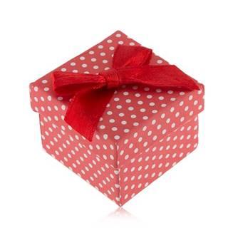 Červeno-biela bodkovaná krabička na prsteň, lesklá mašľa